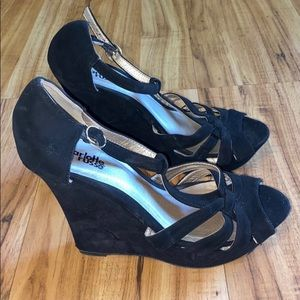 Charlotte Russe black wedges size 7